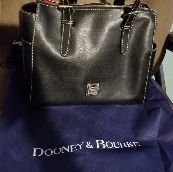 55e5eceada49 Dooney   Bourke Handbags - Dooney   Bourke Purse